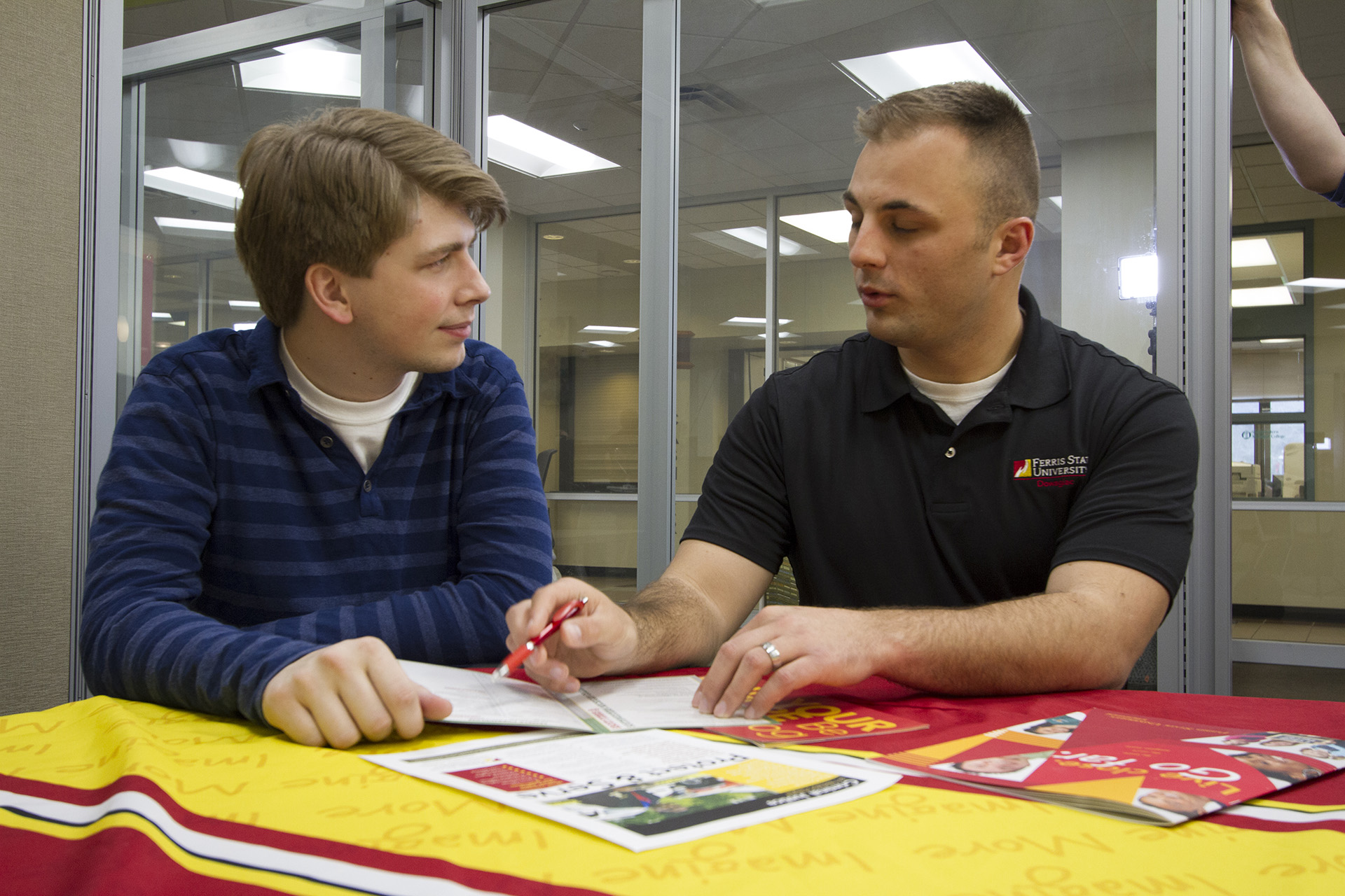 A Ferris State University transfer advisor meets with a student